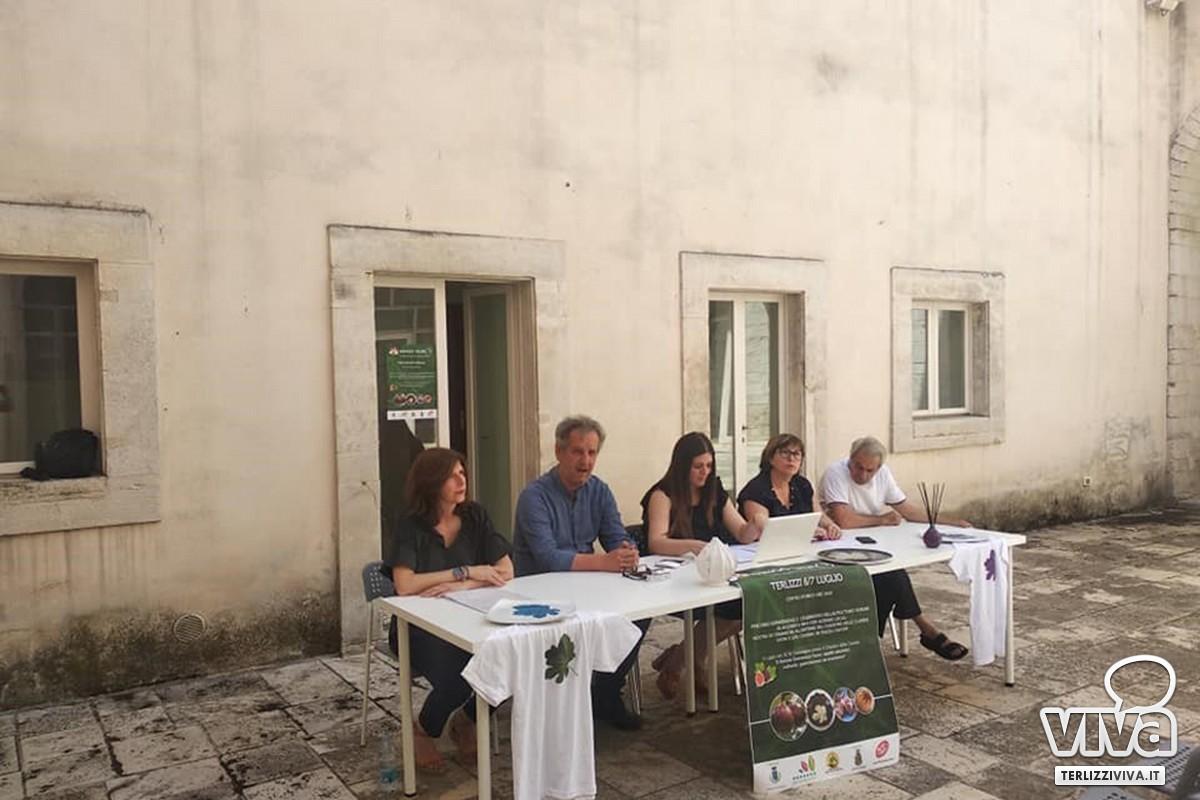 """La presentazione e le speciali proposte gastronomiche dell'evento dedicato al fiorone """"Mingo Tauro"""""""