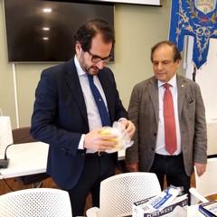 Consegna mascherine ai medici di base Marcello Gemmato