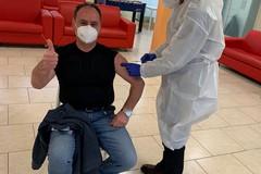 Vaccinato contro il Covid anche Luigi Volpe. Era stato positivo al virus