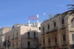 Antenne telefoniche in piazza IV novembre, intervento di manutenzione