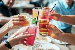 Green pass dal 6 agosto per ristoranti al chiuso e una serie di eventi