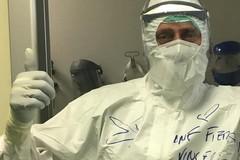La storia di Vincenzo, infermiere volontario all'Ospedale Covid di Milano Fiera