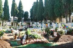 «Via alla manutenzione del verde cimiteriale»