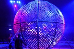 Scontro tra due stuntman al circo Lidia Togni