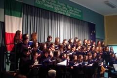 """Il coro della scuola """"Gesmundo-Moro Fiore"""" a Napoli"""