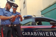 Carabiniere libero dal servizio fa arrestare uno scippatore