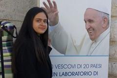 Florangela D'Elia, la violinista che suonerà alla Messa di Papa Francesco
