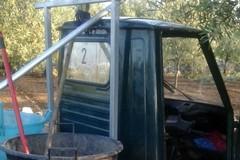 Rubano un mezzo Asipu: messi in fuga dalla vigilanza Apulia