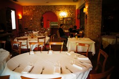 Terrorismo, calo di presenze nei ristoranti