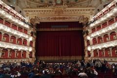 """Gli alunni della """"don Pietro Pappagallo"""" al Petruzzelli per l'opera lirica"""