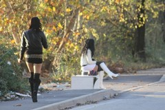 A Sovereto le prostitute importunano i cittadini, la denuncia del consigliere Sigrisi