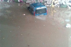 Sottopasso di via Mazzini, il semaforo non funziona ed un automobilista rimane intrappolato