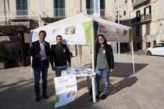 """""""Diamoci una scossa"""", ingegneri ed architetti in piazza Cavour per parlare di rischio sismico"""