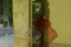 Recuperato dalla Vigilanza Apulia defibrillatore di viale Roma