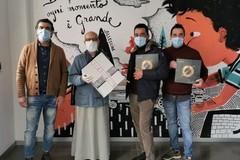 Da abiti per bambini alla produzione di mascherine: la scommessa di un'azienda di Terlizzi
