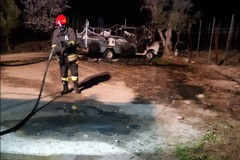 In fiamme il camper di una prostituta, indagano i Carabinieri