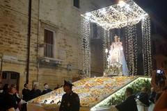 """Oggi la Madonna del Rosario sul carro floreale """"Mater Lucis"""""""