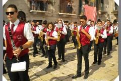 Santa Cecilia, la banda Millico suona in giro per Terlizzi