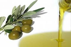 Denuncia di Coldiretti: «In 3 mesi -10,4% di export per olio extravergine»
