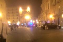 Straniero in stato di ebbrezza, sabato sera agitato in piazza IV Novembre