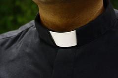 Anche un prete della Diocesi di Molfetta nel dossier che documenta sesso e incontri