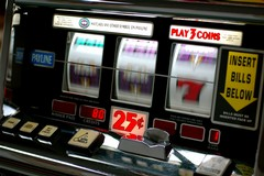 Gioco d'azzardo, a Terlizzi bruciati oltre 16 milioni di euro
