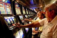 Slot-machine e gratta e vinci: quasi raddoppiata la spesa a Terlizzi, Zappatore: «Quali interventi dal Comune»