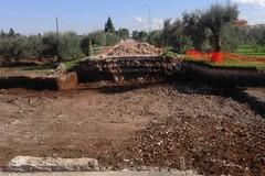 Via Sovereto bloccata fino a fine novembre: in corso i lavori per prevenire alluvioni e allagamenti