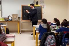 Rifiuti pericolosi: il Comune fa scuola nelle scuole