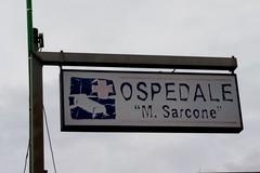"""Sporcizia e degrado negli spazi esterni dell'Ospedale """"Sarcone"""" di Terlizzi. Le FOTO"""