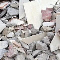 Il materiale edile adesso lo smaltisce gratuitamente il Comune