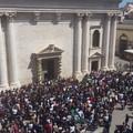 FOTO. L'apertura delle porte della Cattedrale in diretta