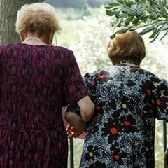 Casa di riposo per anziani: la petizione del Comitato de Napoli al vaglio del consiglio comunale