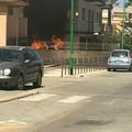 ULTIM'ORA - Auto in fiamme in via Nicola Quercia