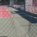 Ennesimo atto di vandalismo ai campi da tennis del Parco comunale
