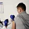 Mister Nico Allegretta si vaccina e lancia un messaggio di speranza