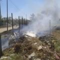 Principio d'incendio in contrada Cardellina, in arrivo i vigili del fuoco