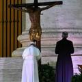Cristo e la sua Chiesa di nuovo al centro dell'umanità