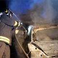 Notte movimentata a Terlizzi: anche un'auto in fiamme