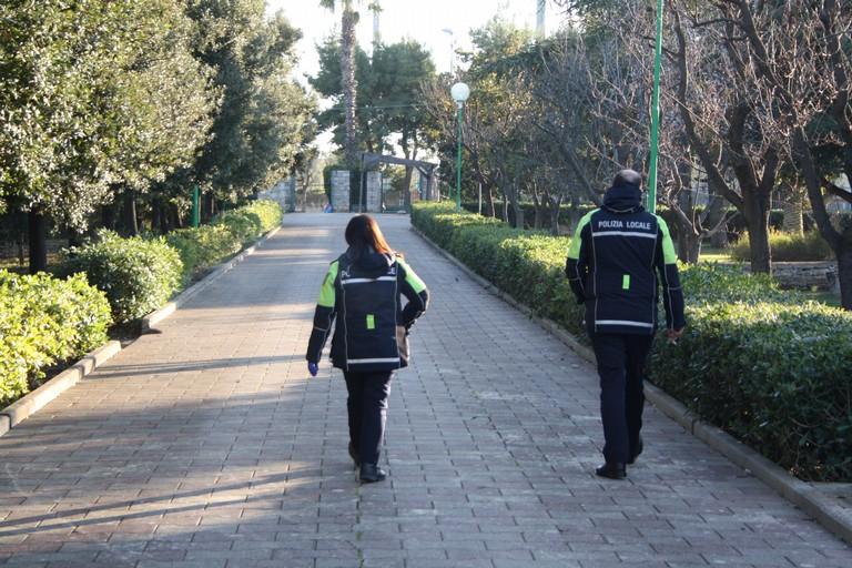Controlli Polizia Locale JPG. <span>Foto Cosma Cacciapaglia</span>