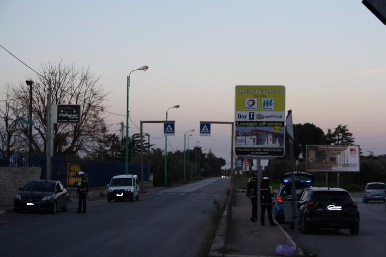 Controlli Polizia Locale ingresso citt JPG. <span>Foto Cosma Cacciapaglia</span>