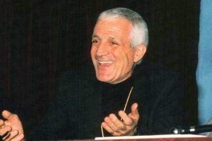 don tonino Bello approda in Biblioteca, ventidue anni dopo la sua scomparsa