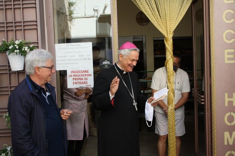 festeggiamenti in onore di Sant'Antonio, parrocchia San Gioacchino. Terlizzi. <span>Foto Cosma Cacciapaglia</span>