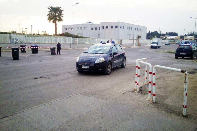 ULTIM'ORA - Sospetto ordigno in via Italo Balbo, Carabinieri sul posto