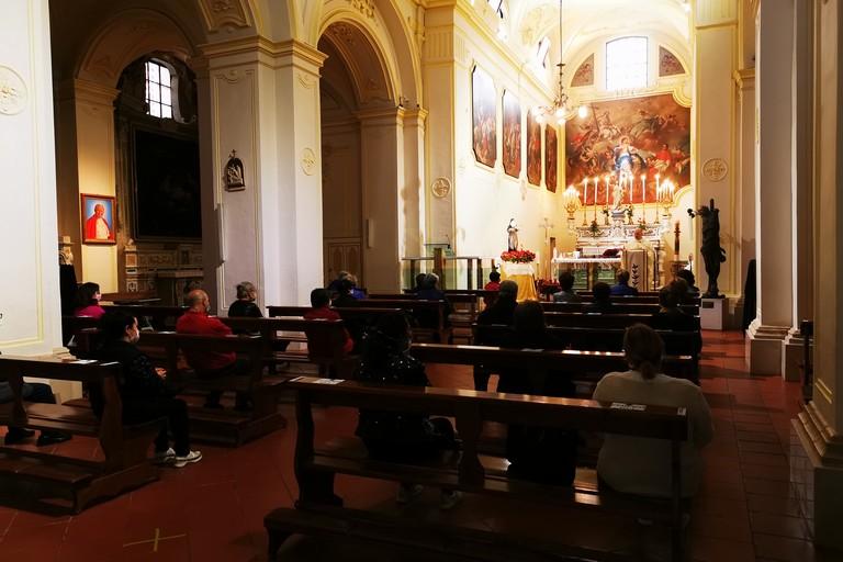 Fase 2, a Terlizzi fedeli di nuovo in chiesa: regole ed orari
