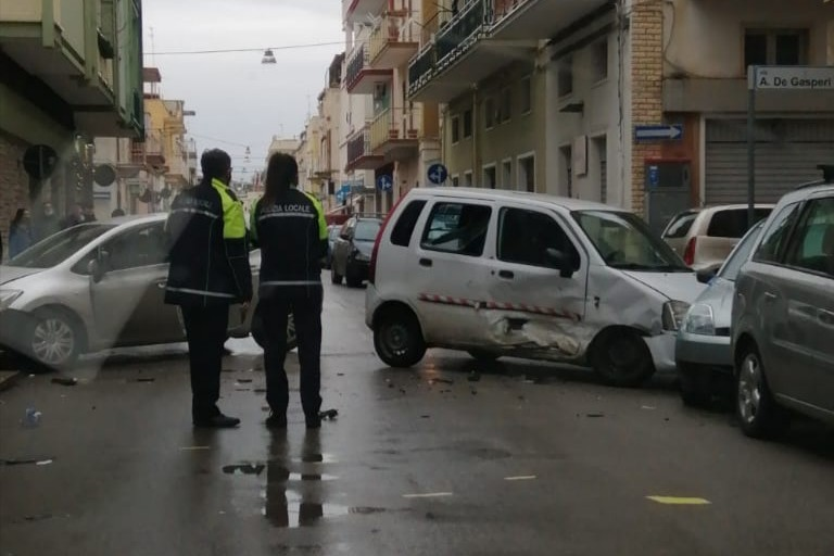 L'incidente stradale avvenuto in via Tripoli