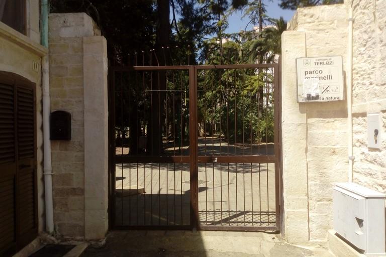 Ingresso parco Marinelli. <span>Foto Cosma Cacciapaglia</span>