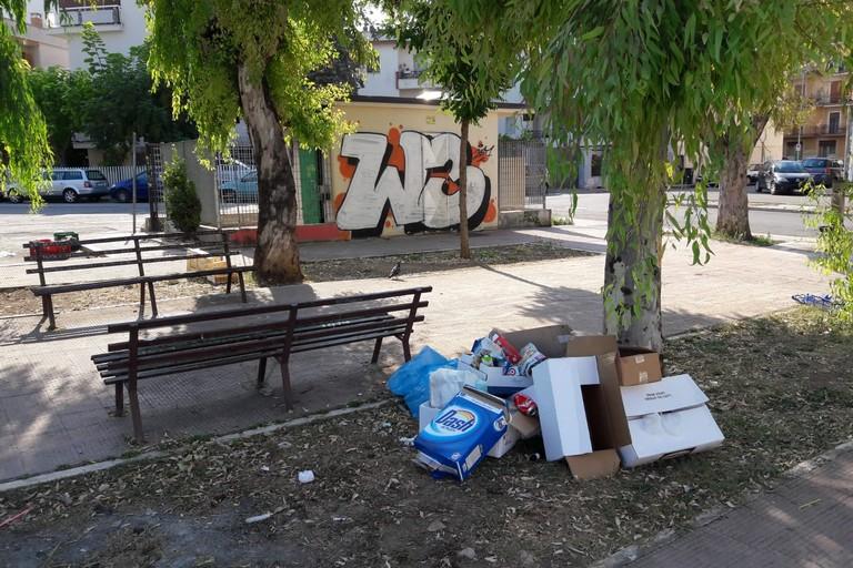 Largo Torino degrado. <span>Foto Cosma Cacciapaglia</span>