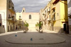 Largo Cirillo. <span>Foto Cosma Cacciapaglia</span>