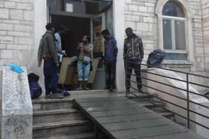 Migranti a Casa de Napoli